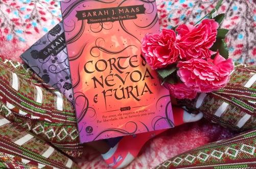 corte de névoa e fúria, beleza de livros, resenha, editora galera, sarah j. maas